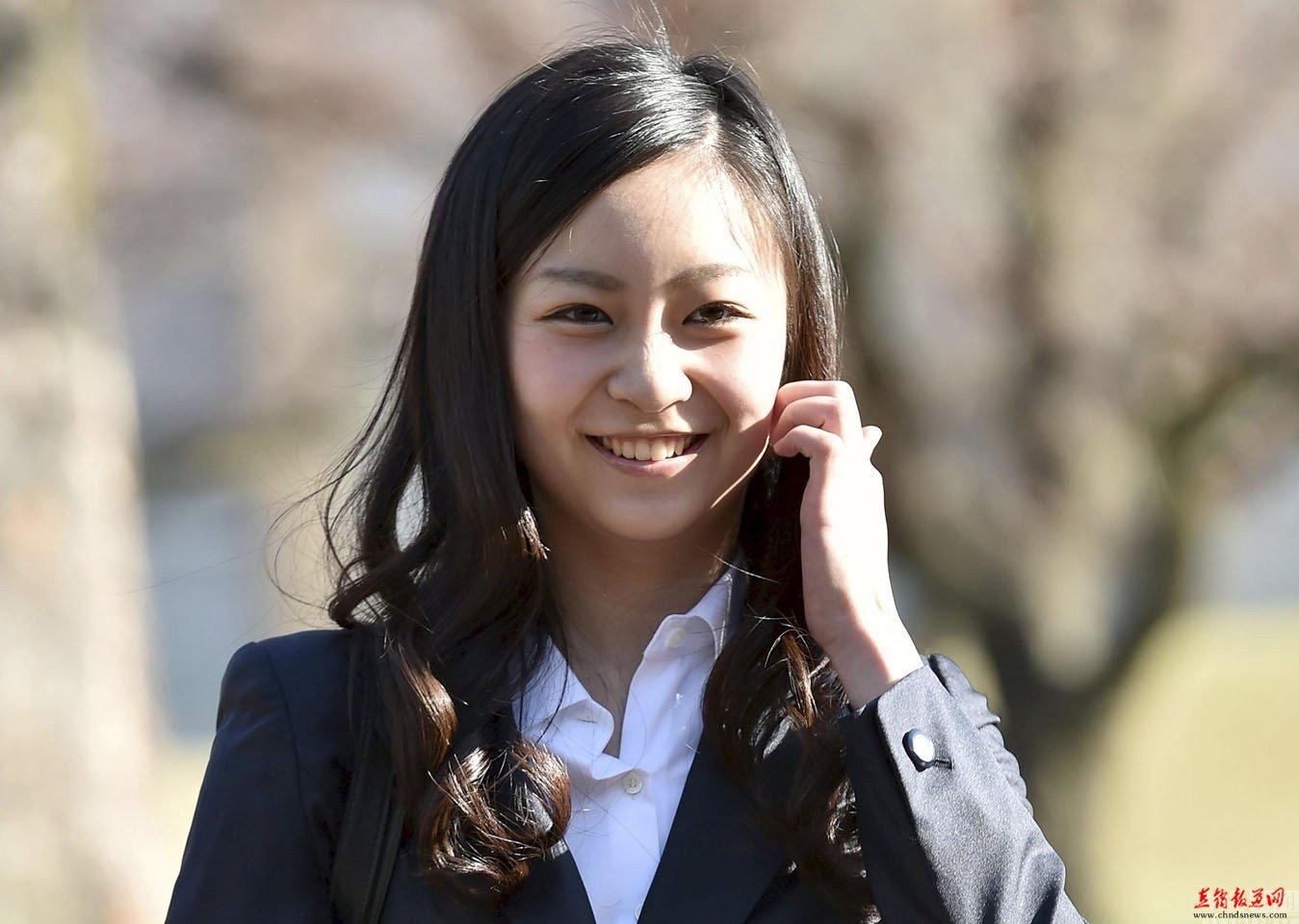 从佳子公主看日本女生如何过暑假