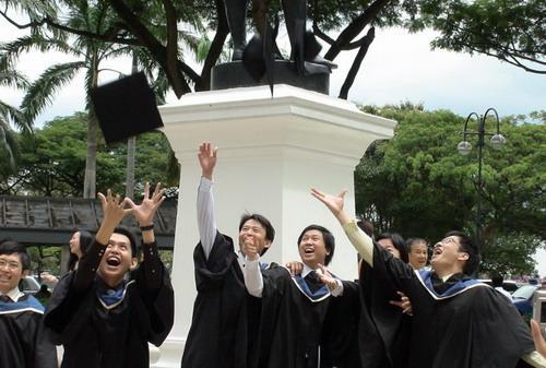 留学新加坡,你还在做目标高考650分的冲刺么?